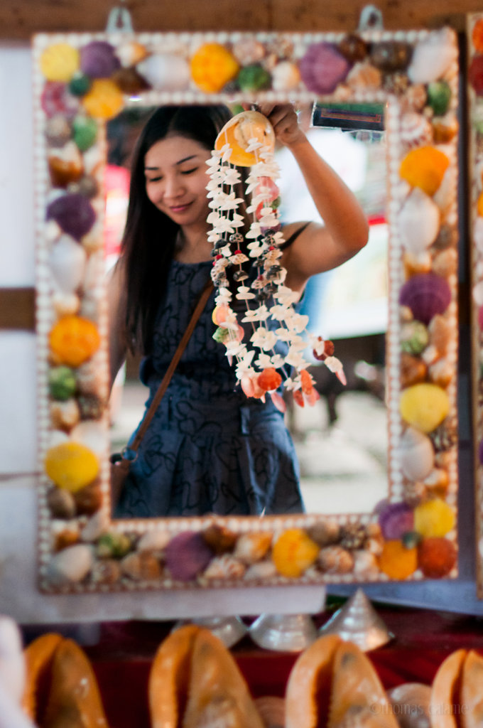 Shell seller in Phuket